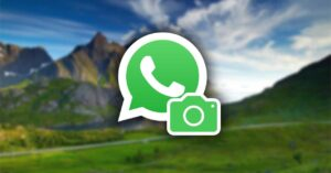 WhatsApp recovers the Camera button that they had deleted