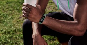 The Xiaomi Mi Smart Band 5 smartband can now be…