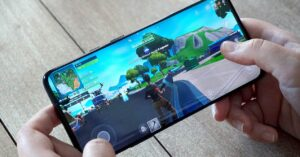 How to download Fortnite on your mobile if you have…