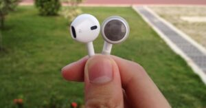 Headphones not included with the iPhone 12, is it confirmed?