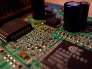 Virtual memory in a CPU, implementation and operation in x86