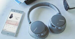 Offer wireless Sony headphones on Amazon with noise cancellation