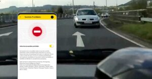 traffic app with kamikaze driver warnings
