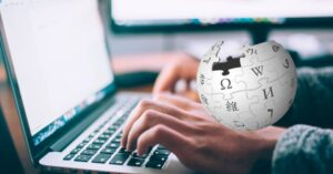 How to download Wikipedia to use it without the Internet