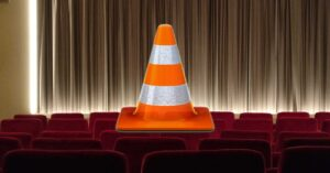 4 reasons to use normal VLC and not the one…