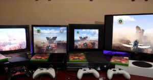 Full Xbox Backward Compatibility: LAN Multi-Stripper Between Consoles