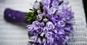 The websites to send flowers online from PC or mobile