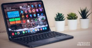 Differences between the 2020 iPad Air and the 11-inch iPad…