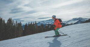 Ski apps compatible with iPhone and Apple Watch