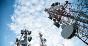 Telefónica sells Telxius towers division to American Towers
