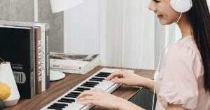 This Xiaomi keyboard will help you learn to play the…