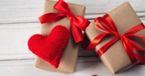 Technological gadgets to give on Valentine's Day 2021