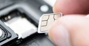 10 people arrested for hacking famous mobiles