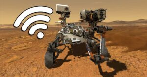 Connections between Perseverance on Mars and Earth: speed, antennas