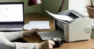 Communication PC and printer to print documents