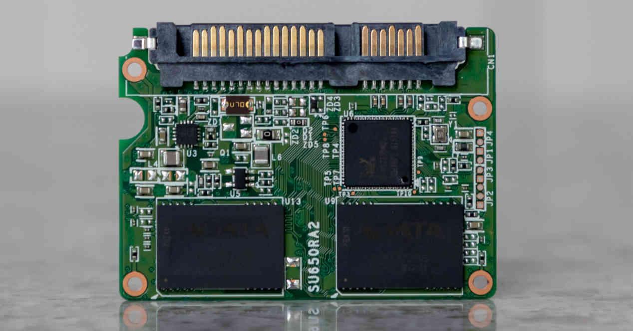 SSD DRAM-Less