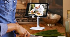 Mobile and tablet mounts for video calls