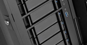 """3.5 """"drive bays in PC cases, destined to disappear?"""