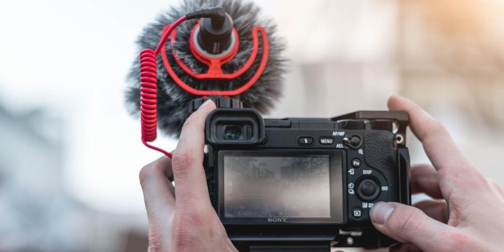 Micro + camera