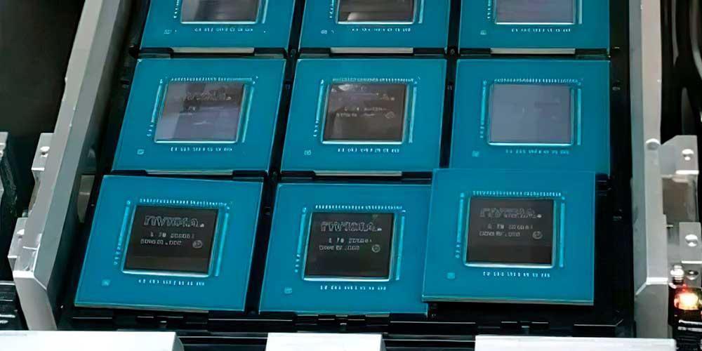NVIDIA-GA104-GPU-tray-full