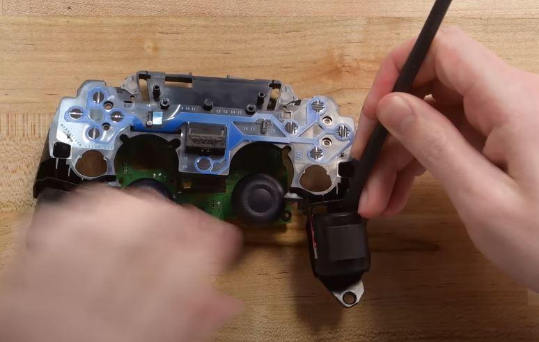 Change vibrators for PS5 controller