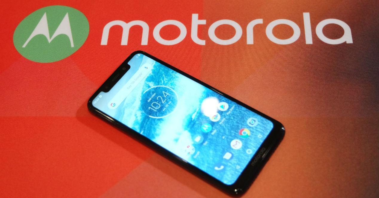 Motorola One Features