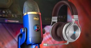 Table microphone or headset microphone, which is better for gaming?